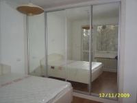 четирикрилен гардероб с плъзгащи врати