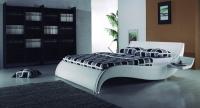 κρεβάτια τελείως μαλακά και επενδυμένα